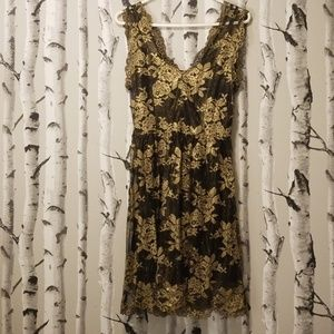 Black and Gold Lace Party Dress (sz.M)